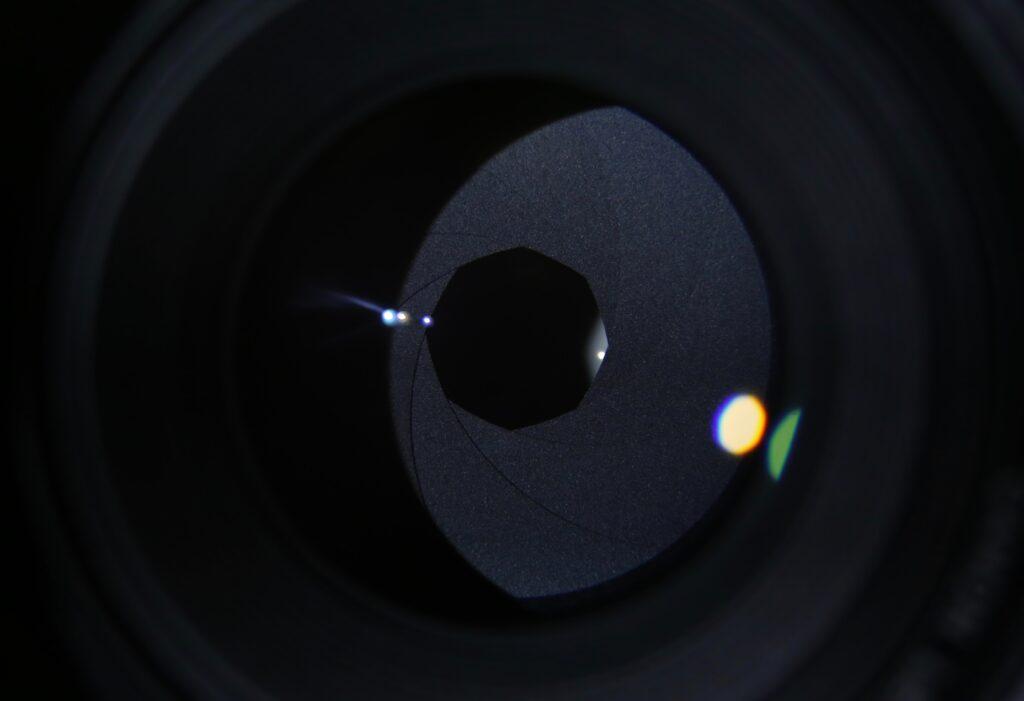 iPhone14シリーズではフロントカメラがオートフォーカスに