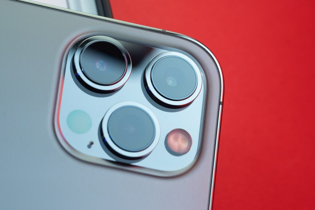 iPhone14シリーズでは全機種にオートフォーカス機能付き超広角レンズを搭載か